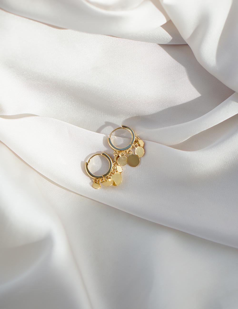 Amber – guld øreringe