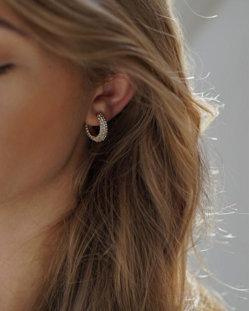 Attire – Guld øreringe