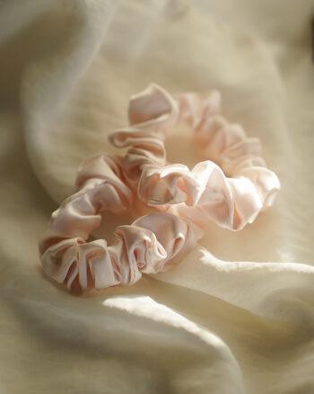 Små scrunchies