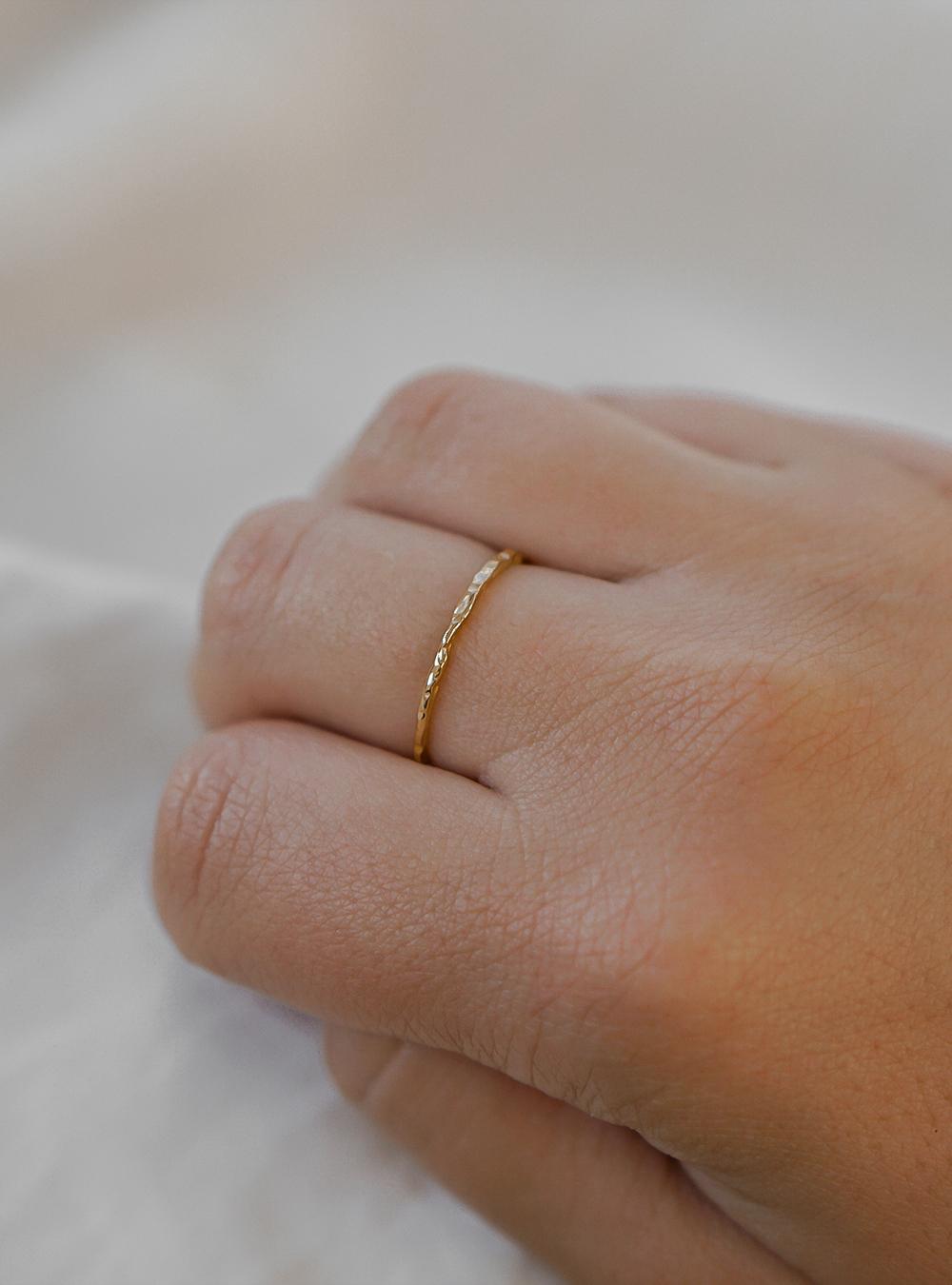 Alma – Guld ring