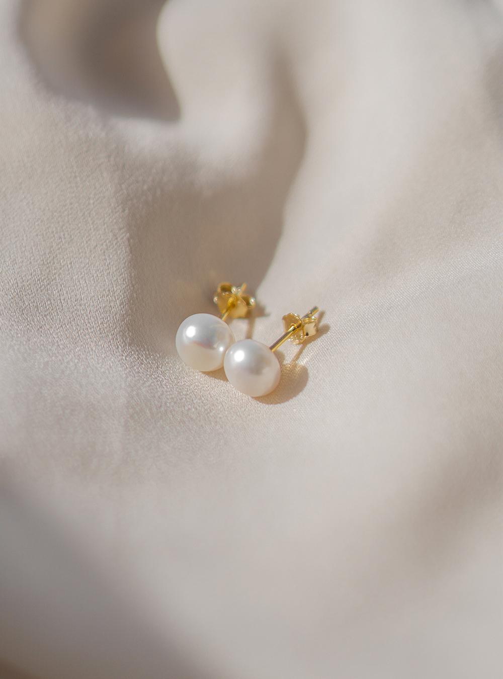 Pearl – Guld øreringe