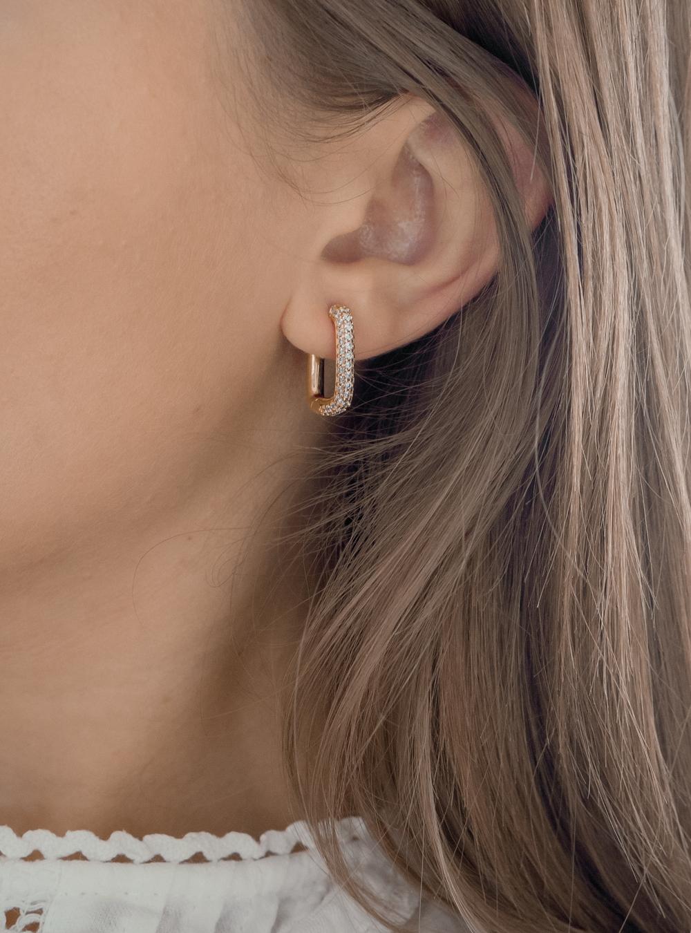 Chloe – Guld øreringe