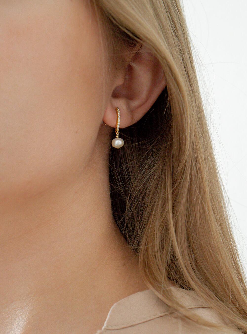 Diana – Guld øreringe