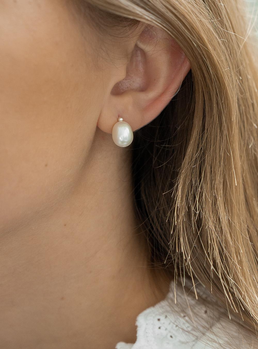 Leah – Sølv øreringe