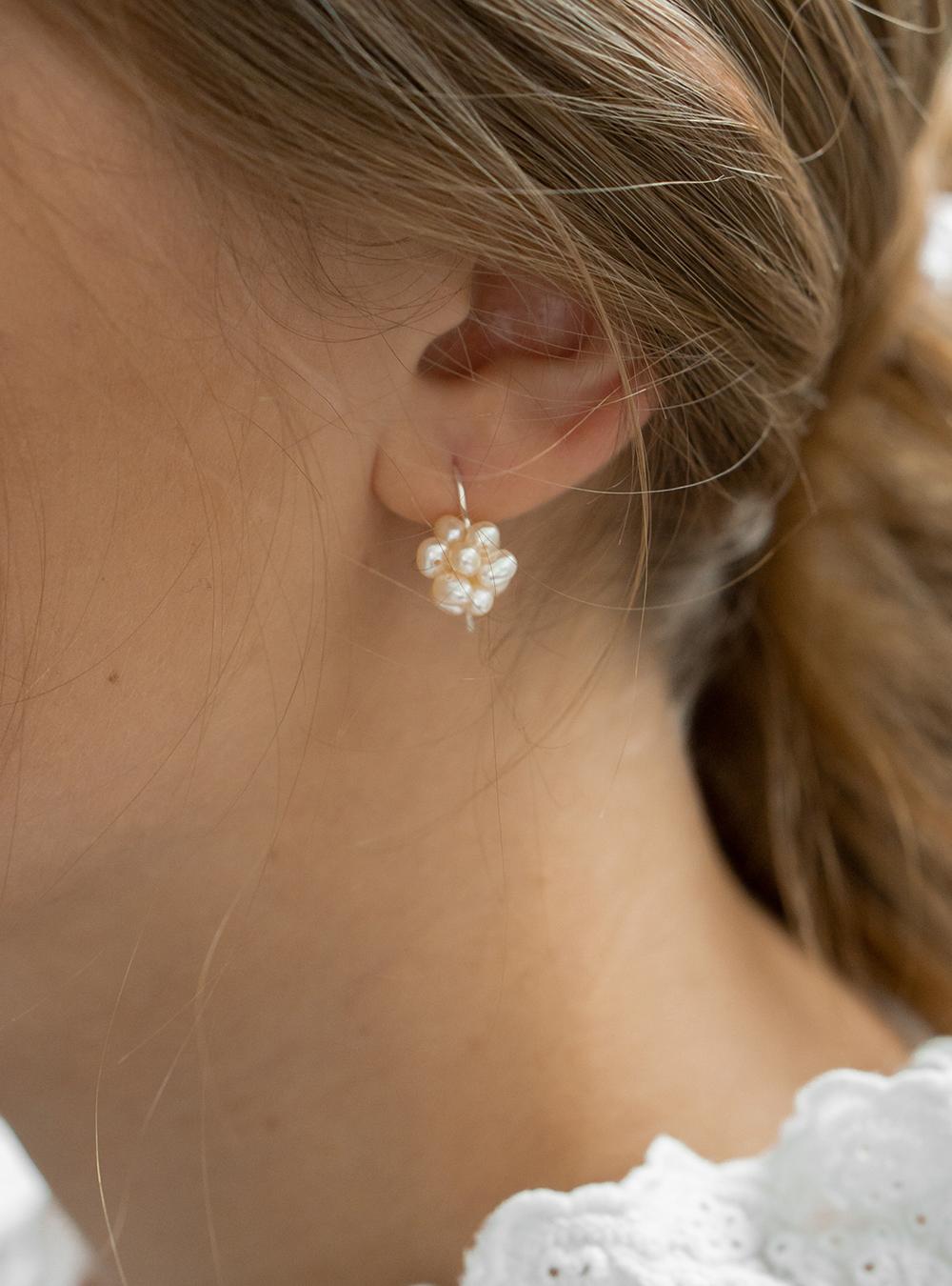 Daphne – Sølv øreringe
